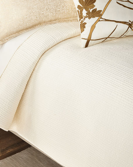 Lili Alessandra Queen Retro Coverlet