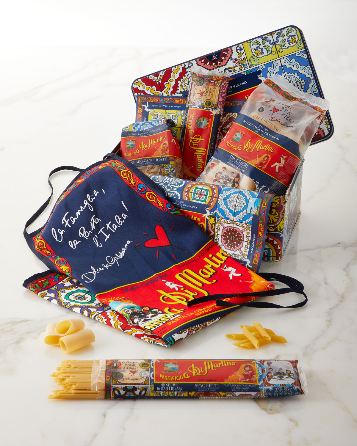 Wedding Gift Stores Nyc: Di Martino Dolce & Gabbana Pasta & Apron Tin Box Set