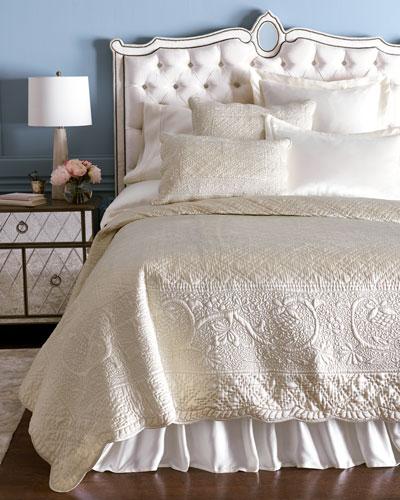 Tudor Bedding