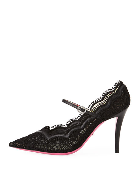 Lace Mary Jane Pump