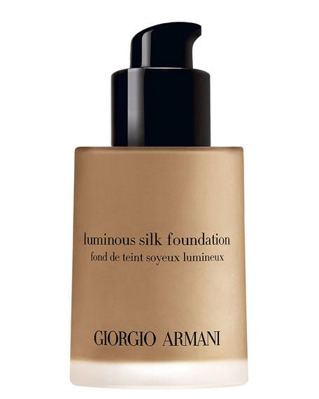 Giorgio ArmaniLuminous Silk Foundation NM Beauty Award Finalist