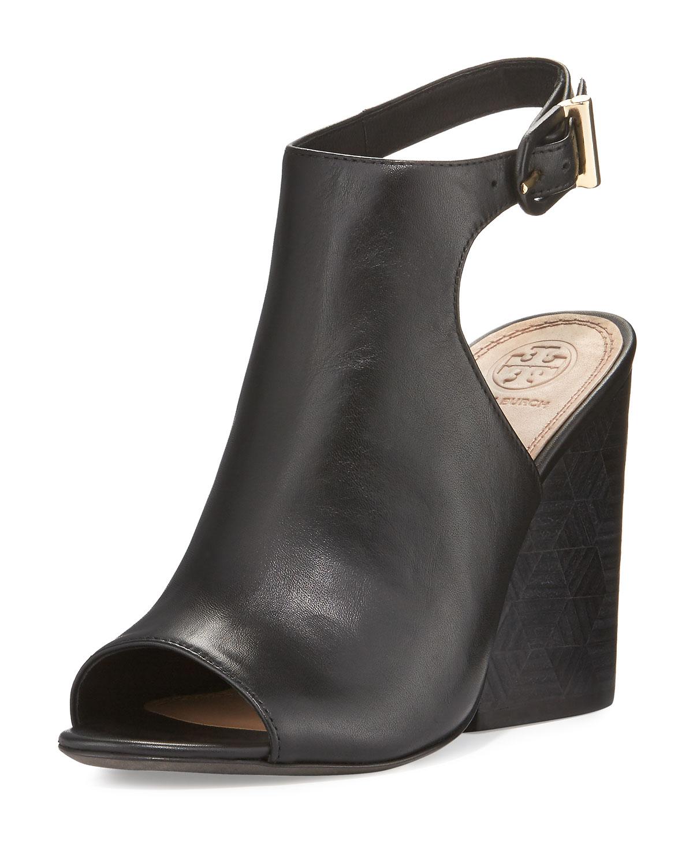 11c04477a47b9 Tory Burch Grove Leather 100mm Block-Heel Bootie