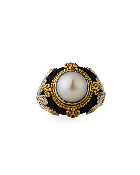 Pearly Cabochon Ring