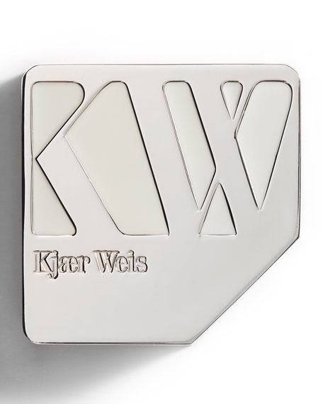 Image 4 of 6: Kjaer Weis Cream Foundation Compact