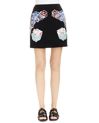 Black Skirt with Embroidered Appliqu??s