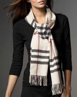 Burberry Giant Check Classic Scarf, Trench
