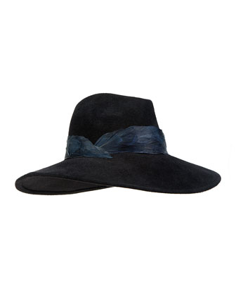Emanuelle Fedora w/Feather Band