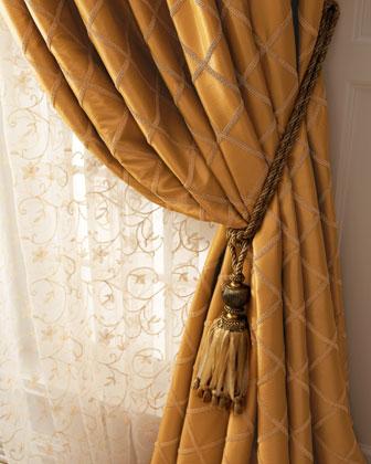 Paramount Curtains
