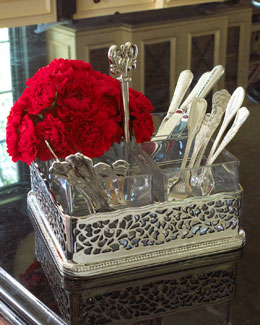 Pierced Flatware Caddy