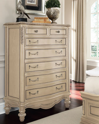 Clairee Chest of Drawers