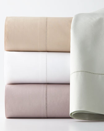 Queen 406TC White Percale Fitted Sheet