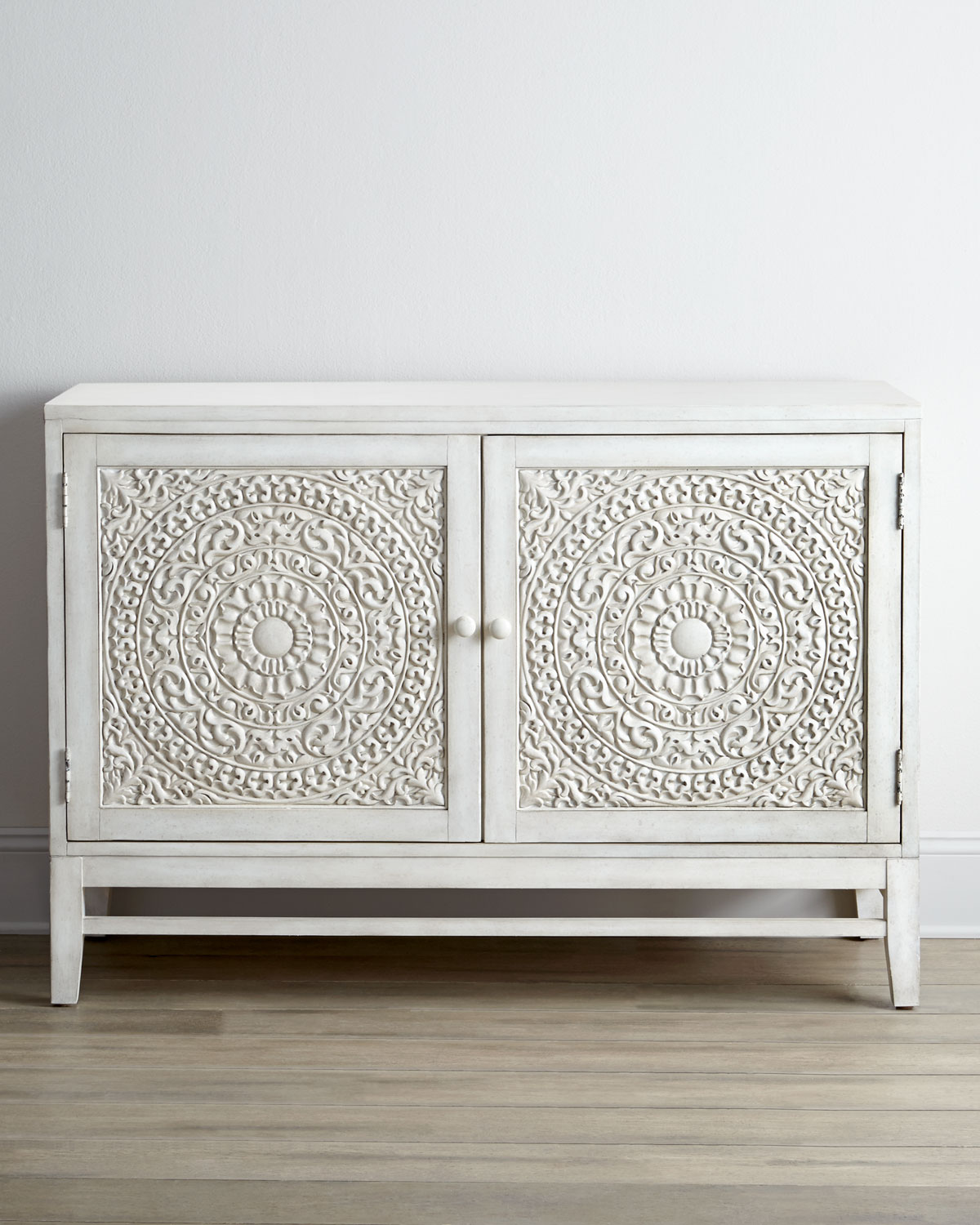 Cynthia Console - Hooker Furniture