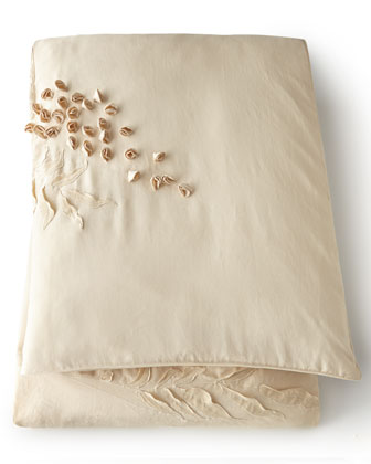 Wisteria Walk Bedding