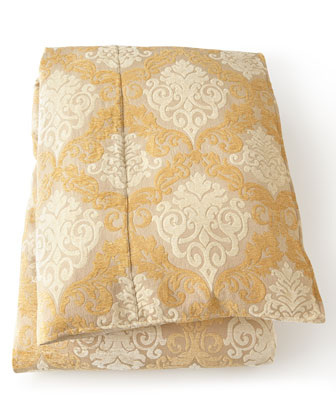 Belclaire Bedding
