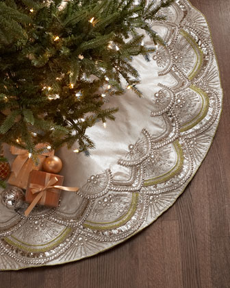 Scallop Tree Skirt