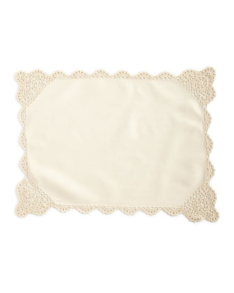 12 Ivory Crochet-Edge Placemats