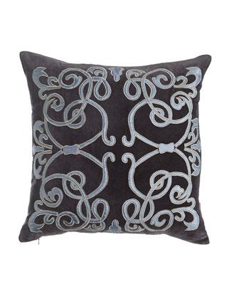 Cosmopolitan Chic Pillows & Throw