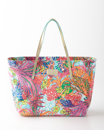 Multicolored Fishing Resort Tote