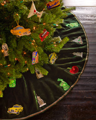 New Yorker Christmas Tree Skirt