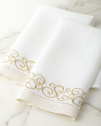 Set of 2 Holiday Swirl Guest Towels