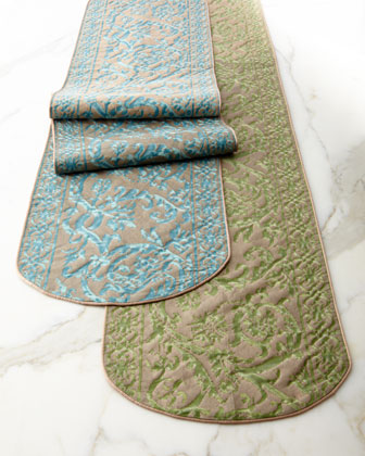 Fortuny Farnese Table Runner & Napkins