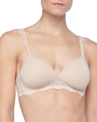 Caressence 3D Soft-Cup Basic Bra & Bikini Briefs