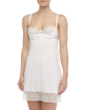 Queen of Diamonds Underwire Slip, Ivory