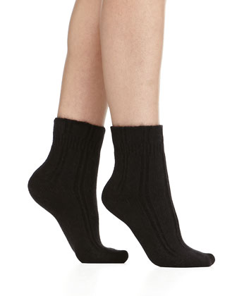 Cashmere-Blend Cozy Ruffled Bedsocks, Black