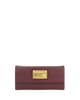 Classic Q Continental Wallet, Cardamom Brown