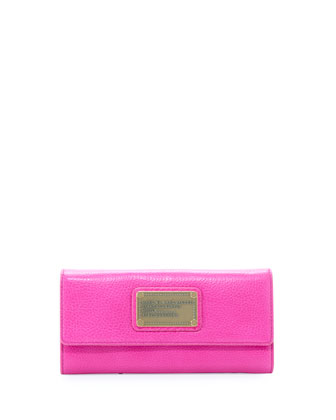 Classic Q Continental Wallet, Pop Pink