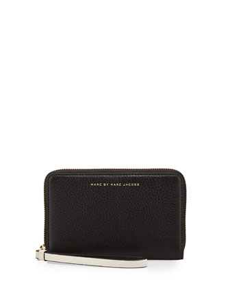 Sophisticato Mildred Wristlet Wallet, Black