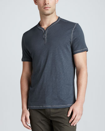 Short-Sleeve Snap-Button Henley