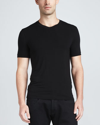 Short-Sleeve V-Neck Tee, Black