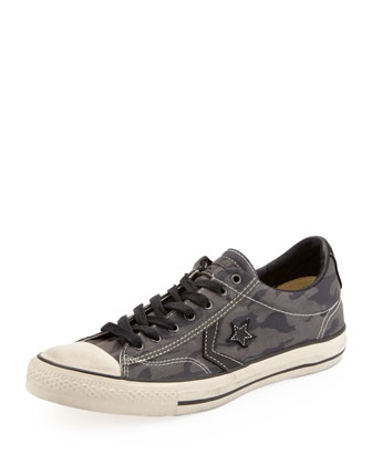 Camo Star Player EV Low-Top Sneaker