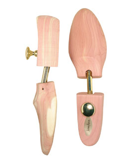 Neiman Marcus Pair of Cedar Shoe Trees