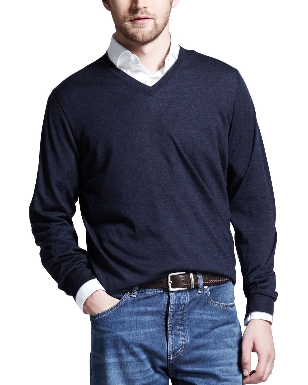 Mens Fine Gauge V Neck Sweater, Plum   Brunello Cucinelli   Dark indigo (XL/54)