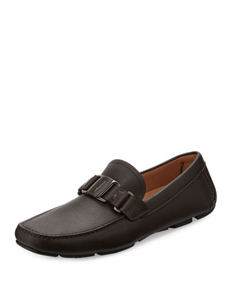 Sardegna Pebbled Calfskin Vara Driver, Brown