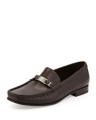 Calfskin Logo-Plaque Loafer, Brown