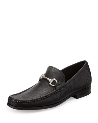 Magnifico Textured Calfskin Gancini Loafer with Rubber Sole, Black