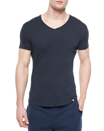 Bobby V-Neck Tee, Black