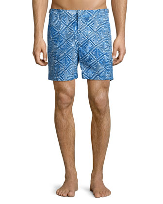Short-Sleeve V-Neck Tee & Bulldog Geometric-Print Swim Trunks