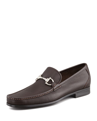 Magnifico Textured Calfskin Gancini Loafer with Rubber Sole, Brown