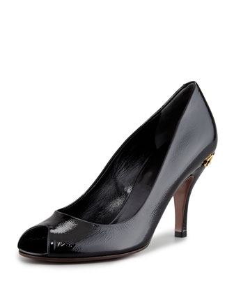 Elizabeth Horsebit-Detailed Mid-Heel Pump
