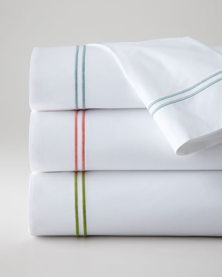 Full New Resort 200TC Solid White Fitted Sheet