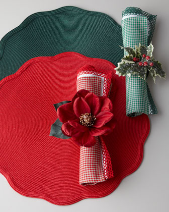 Classic Holiday Placemats & Napkins