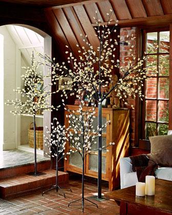 Lighted Snowflake Trees