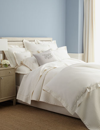 Langdon Bedding