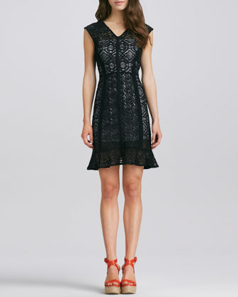 La Roca Lace Dress, Black