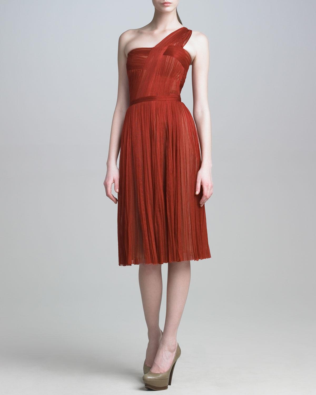 Womens Tulle One Shoulder Dress   J. Mendel   Claret (6)