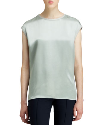 Quantum Cap-Sleeve Top and Piped Stretch Cropped Pants